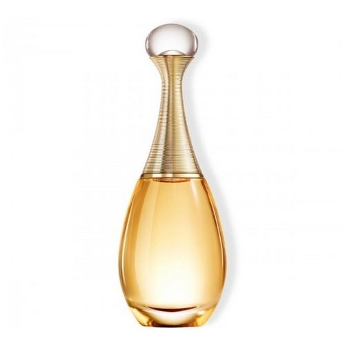 Comment ne pas se tromper de parfum pour femme à 50 ans ?