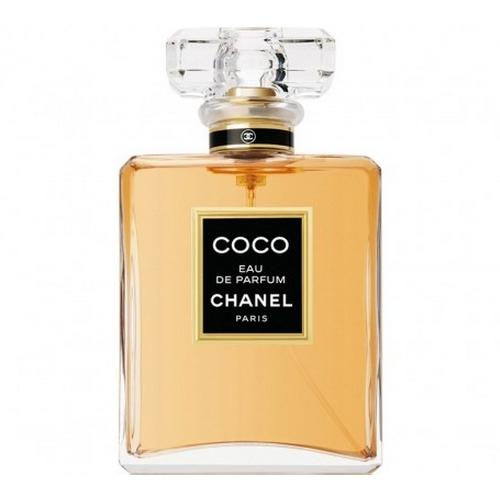 La femme d'affaire et ses fragrances favorites