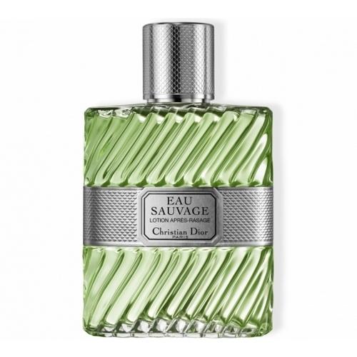 Savoir associer un style vestimentaire classique avec un parfum masculin