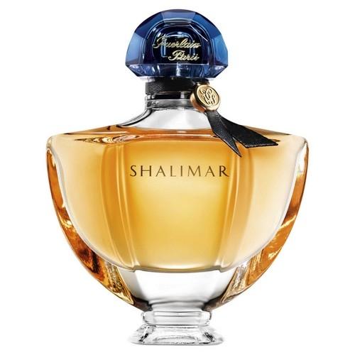 Un parfum féminin pour chaque signe astrologique