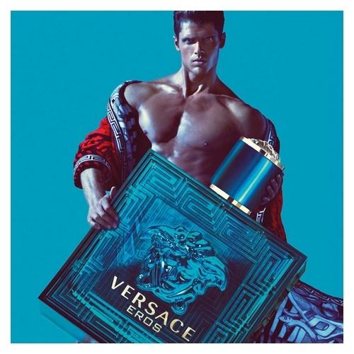 Versace, la mythologie conviée en parfumerie