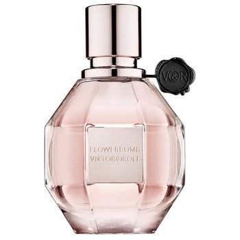 Choisir un parfum femme grâce au flacon